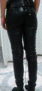 fekete bornadrag