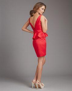 piros koszoruslany ruha hata