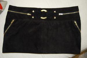 velurl mini szoknya (1)